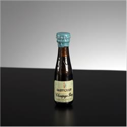Miniatures - Group Photographs - B31-MS Miniature Babycham -Medium Sweet - http://www.hilarypagetoys.com
